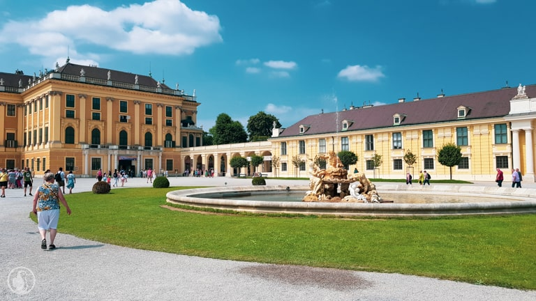 Schoenbrunn fountain