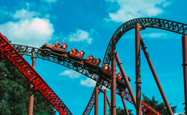Se7en of the Most Exciting Theme Parks in the UK